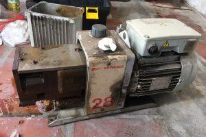sửa chữa bơm hút chân không Edwards E2M28