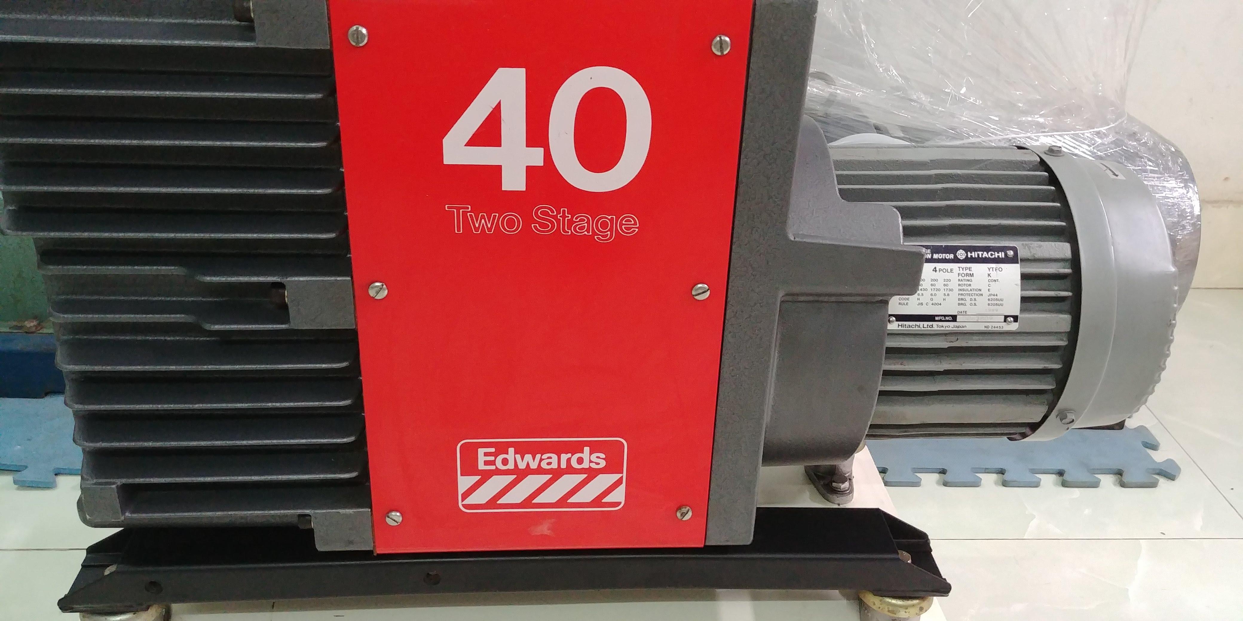 Bơm hút chân không hai cấp Edwards E2M40